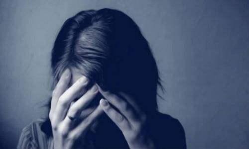躁狂症出现的原因是什么